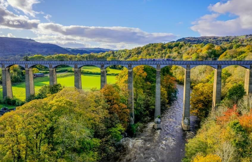 aqueduct-drone